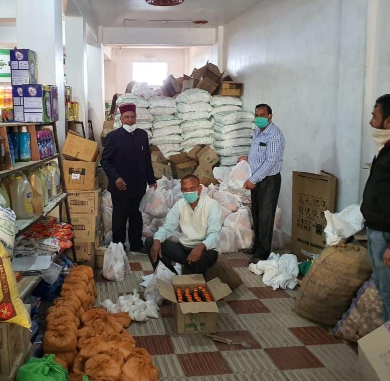 कर्फ़्यू में मदद :हिमाचल भाजपा ने 4 दिनों में 19986 परिवारों को  राशन की किटें बांटी -राजीव बिंदल