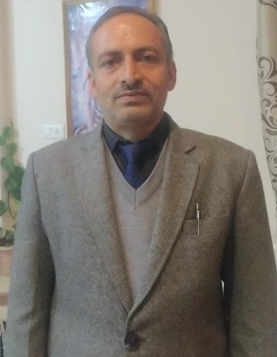 एचपीयू के  वाणिज्य विभाग के आचार्य डॉक्टर देवेंद्र शर्मा को  इंटरनेशनल एजुकेशन एक्ससीलेंसी अवार्ड