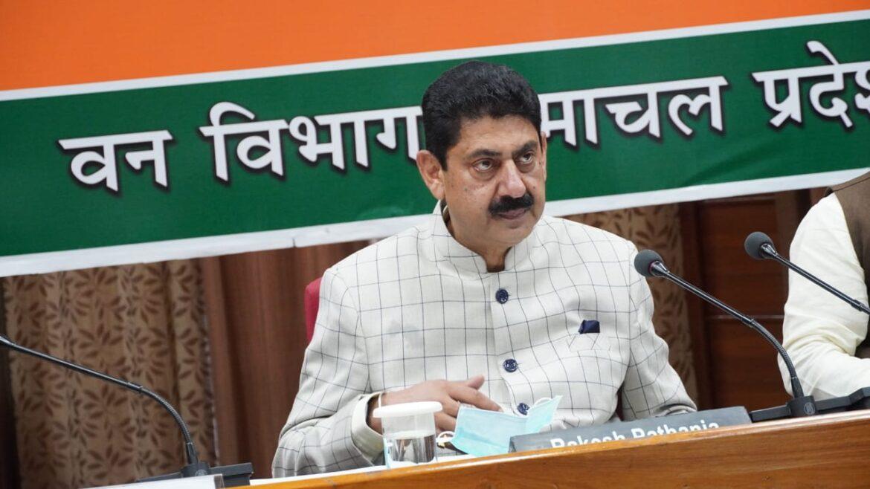 चराई परमिट की अवधि बढ़ाने के प्रयास होंगे : वन मंत्री राकेश पठानिया बोले